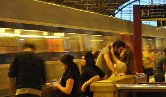 Madame la gare et ses aurevoirs
